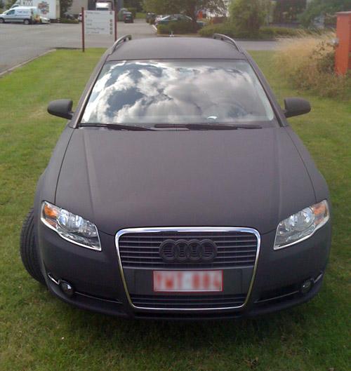 Car wrapping door PRINTiX - Audi A4 Avant matte black
